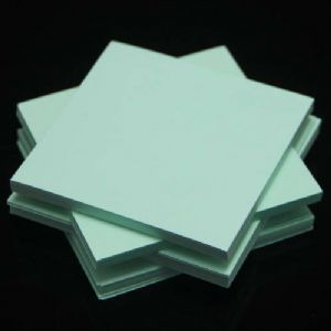 Both side colour origami, Light blue, 6.5cm x 6.5cm, 200 sheets, (Papers not perfectly square - sold at a discount), [KY680]